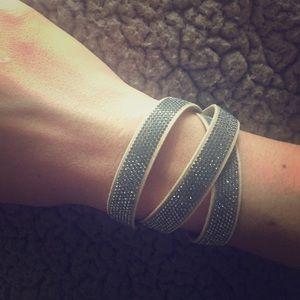 Vanessa Swarovski Piedra crystal wrap bracelet